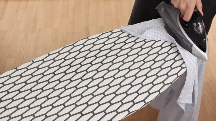How to Iron Shirts ironing the yoke