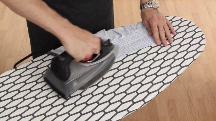 How to Iron Shirts ironing collar