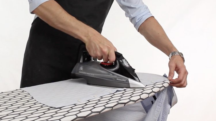 How to Iron Shirts iron front