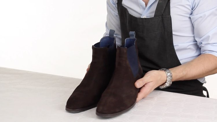 How to Polish shoes Conenent Images.013