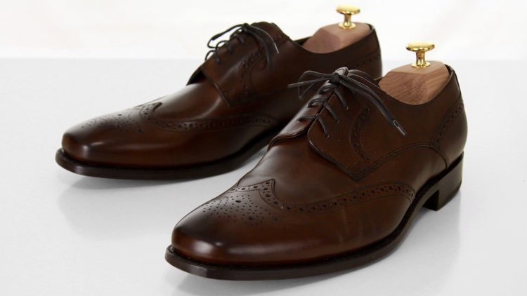 image of full-brogue shoes