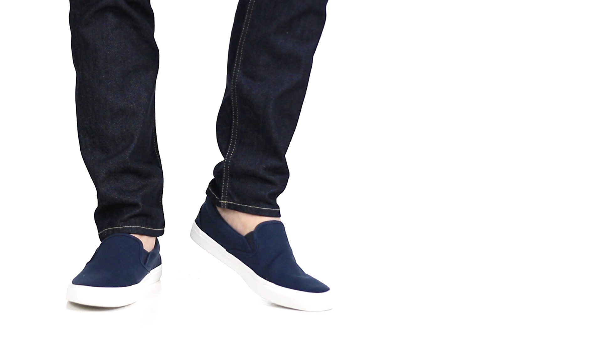 db7f99c3464e 13 Shoes to Wear with Jeans - The Ultimate Guide  2018 UPDATE